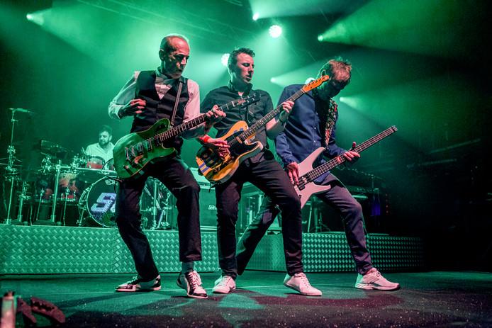 Status Quo treedt zaterdag van 21.15 tot 22.45 uur op tijdens Ribs & Blues in Raalte.