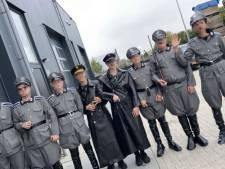 Politie doet huiszoekingen bij 'nazi-jongeren' Urk, man (19) opgepakt voor wapenbezit