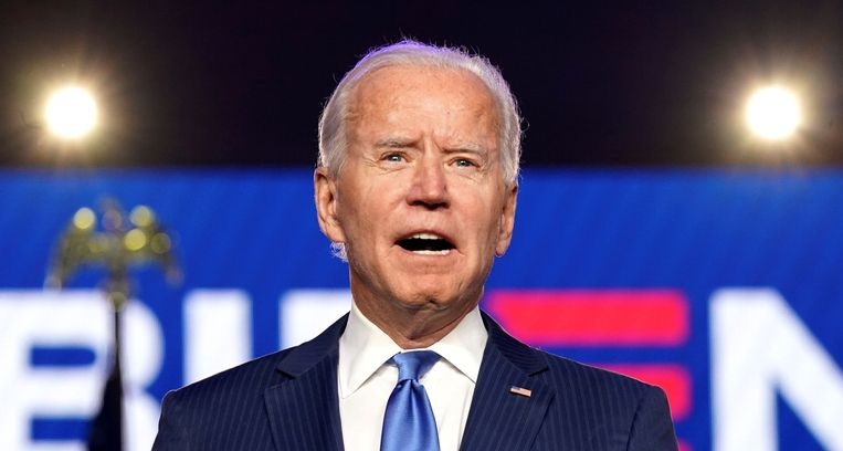 Joe Biden spreekt de Amerikaanse natie toe. Beeld REUTERS