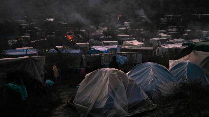 Griekenland sluit binnenkort opvangkampen voor migranten en vervangt ze door deportatiecentra