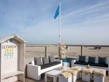 Tieners laten ravage achter bij strandtent La Cantina, ouders vandalen melden zich
