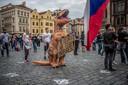 Een protest tegen Babis in Praag.  Honderden demonstraten eisen het vertrek van de premier.