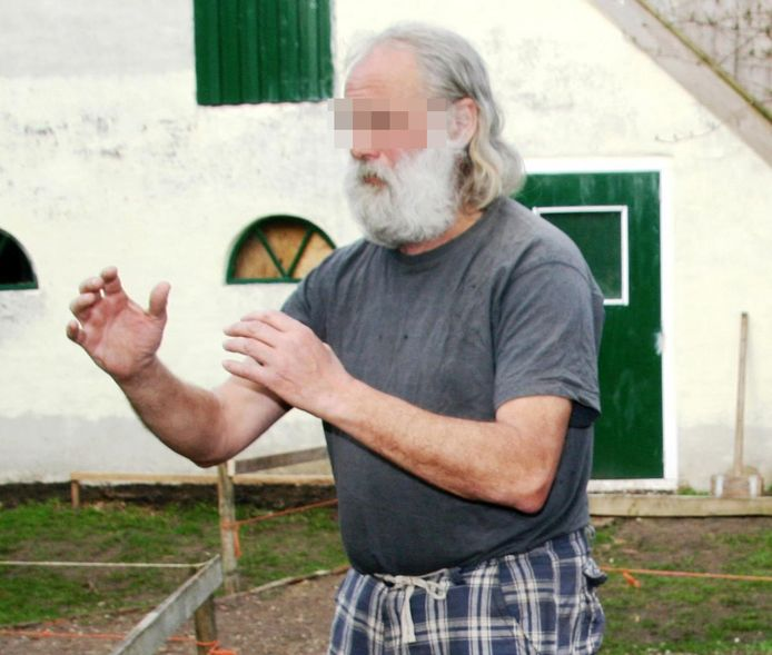 Gerrit Jan van D. gebruikte het alias 'John Eagles' op Facebook. Op zijn profiel is deze foto te vinden waarop de zestiger tai-chi praktiseert. De foto dateert van 2013, schrijft hij zelf.