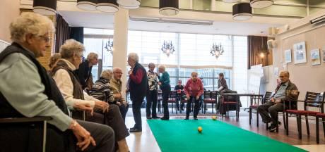 Wijkracht Hengelo concentreert activiteiten voor ouderen: 'Teleurstellingen zijn niet te voorkomen'