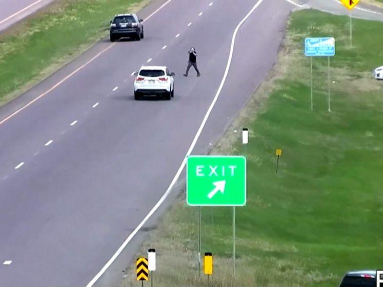 Man probeert tijdens politieachtervolging auto te stelen