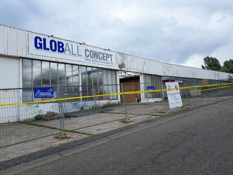 De Mobikit-gebouwen worden gesloopt en maken plaats voor een woonproject van Woonpunt Zennevallei.