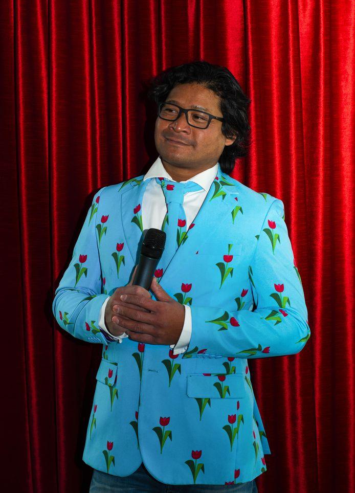 Presentator Bagiyo van der Leemputte is een van de vijftig geportretteerde Roosendalers.