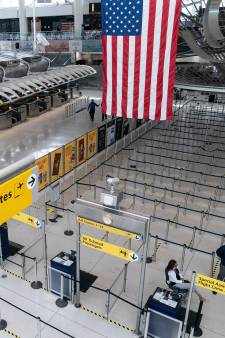 Eenzijdige vliegban VS verscheurt families: 'Groot probleem als we niet terug kunnen reizen'