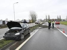 Automobilist verliest macht over het stuur op oprit naar A73 bij Beuningen