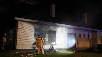 Poolse bouwvakkers dakloos na zware brand in hun huurwoning