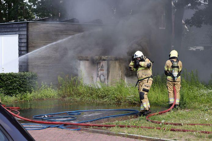 Het huisje brandde uit.