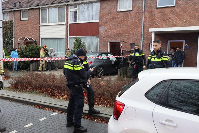 Woning geramd door auto in Eindhoven.