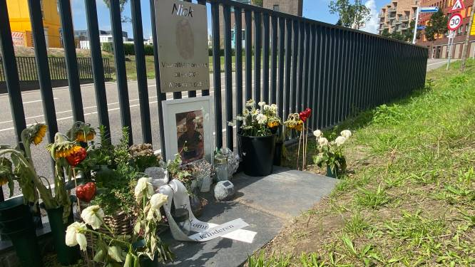 Waarom gedenkplekjes buiten het kerkhof zo belangrijk zijn: 'Hier blies hij zijn laatste adem uit'