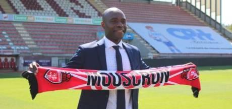 Mbo Mpenza prend la tête de la direction sportive de l'Excel Mouscron
