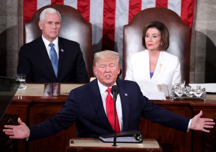 Le vice-président Mike Pence, la président de la Chambre des représentants Nancy Pelosi et Donald Trump