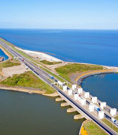 Vistrek zorgt na 90 jaar voor gat in Afsluitdijk