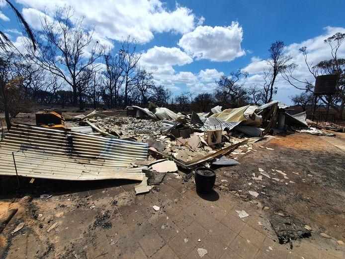 Het huis van de schoonvader van Jacqueline is verwoest.