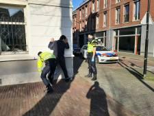 Politie houdt actie preventief fouilleren en vindt mes en verdovende middelen