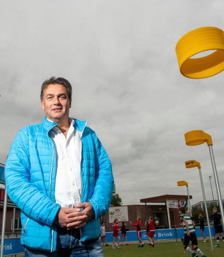 Henk Jan bleef zijn korfbalclub in Zutphen trouw, ook al verspeelde hij zo zijn kansen op Oranje