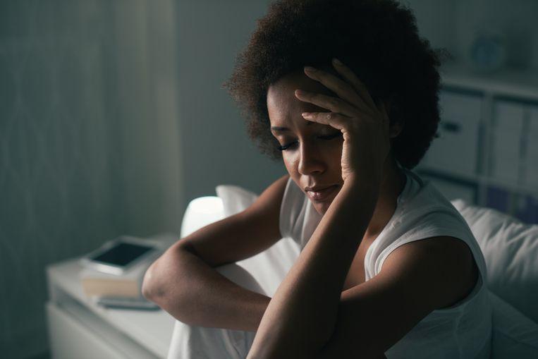 Vier op de tien Belgen zeggen meer last te hebben van kwaaltjes zoals hoofdpijn en slapeloosheid.  Beeld Getty Images/iStockphoto
