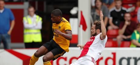 Ajax speelt gelijk tegen Wolves en verliest van Walsall