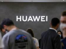 """La loi """"anti-Huawei"""" validée en France"""