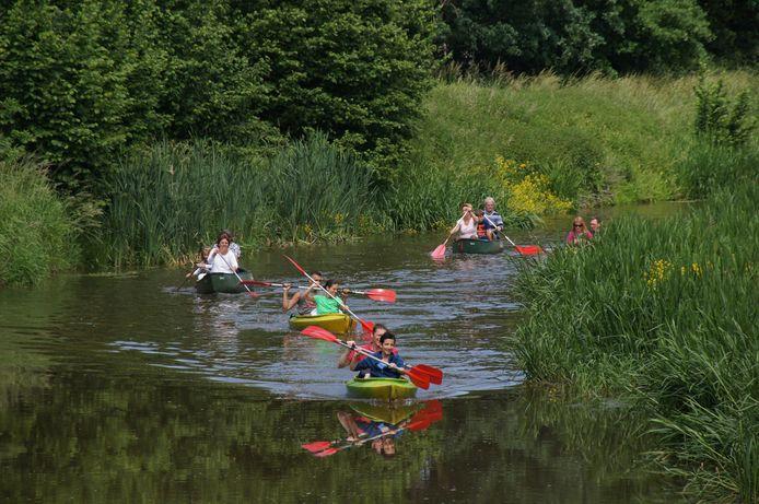 Genieten van de rust op de Kleine Nete kan in een kajak of kano