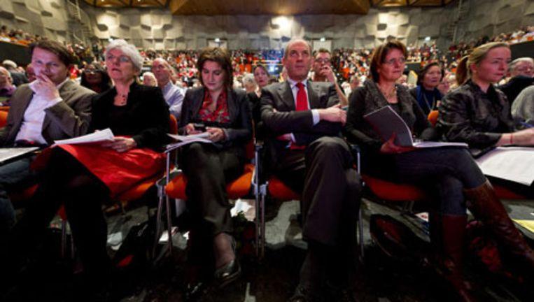 Fractievoorzitter Job Cohen en partijvoorzitter Lillian Ploumen tijdens het PvdA-congres, zaterdag in Groningen. Foto ANP Beeld