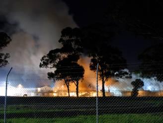 Asielzoekers steken gesloten centrum in brand in Sydney