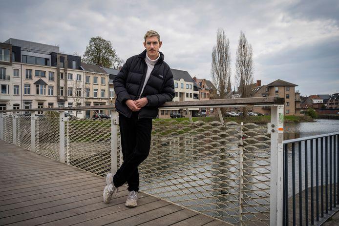 Bram De Wilde haalt De Stadswandeling ook naar Dendermonde.