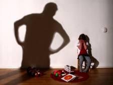 Grote zorgen om 'Veilig Thuis'-gezinnen: na melding nog vaak onveilig