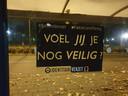 Het Identitair Verzet claimt de wijk rond het Ds. Pierson College in Den Bosch volgeplakt te hebben met stickers en posters.