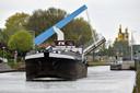 Door de werkzaamheden kunnen er nu grotere schepen over het kanaal.