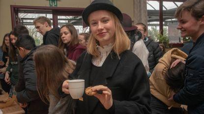 Biscuits en tea time in Sint-Gertrudis College