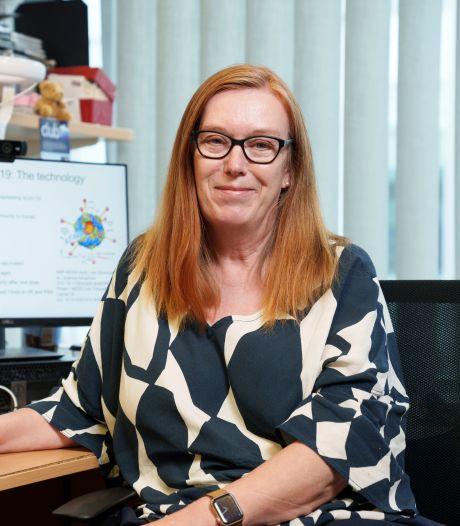 Barbie Vaccinologue: Sarah Gilbert, développeuse du vaccin AstraZeneca honorée par une poupée