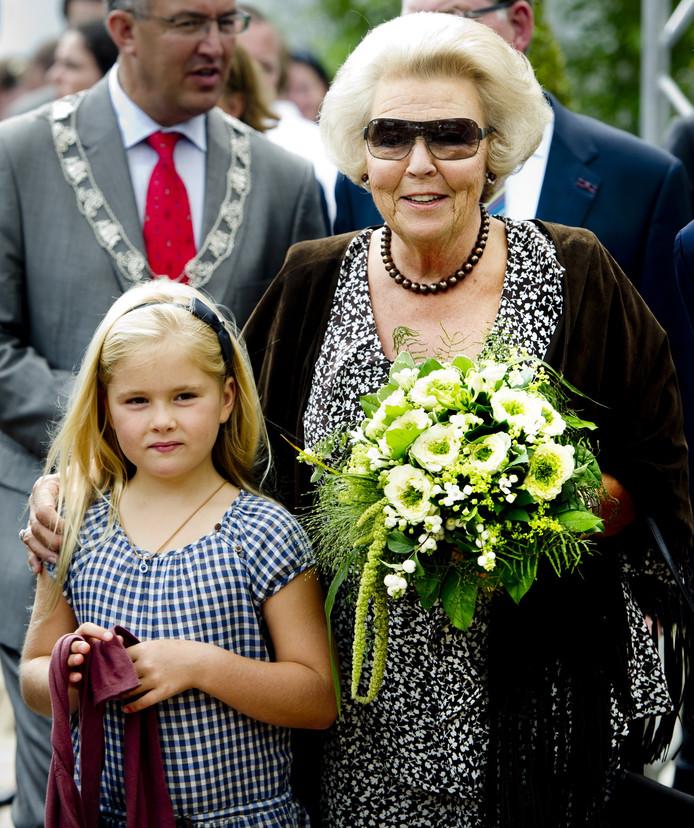 2011: koningin Beatrix en prinses Amalia bij de Europese Kampioenschappen Dressuur in Rotterdam.