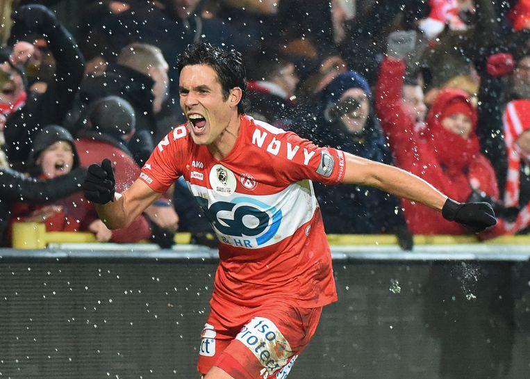 Perbet scoorde tegen Standard helemaal op het einde van de wedstrijd, maar doorgaan scoort KV Kortrijk vroeg in de match.