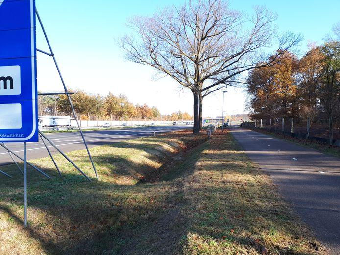 De plek waar het ongeval gebeurde is een recht stuk snelweg.