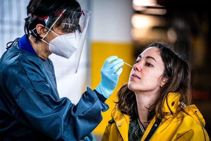 Inmiddels zijn er - in een jaar tijd - 8709 besmettingen geconstateerd bij Dordtenaren.