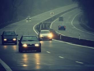6 tips voor autorijden in het donker