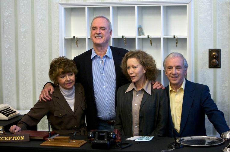 De cast van Fawlty Towers in 2009. Beeld AP
