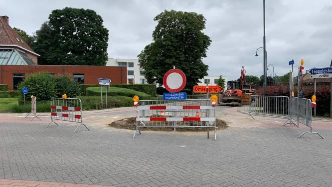 Kruispunt van Veststraat met Reit en Gasthuisstraat door wegverzakking week lang deels afgesloten