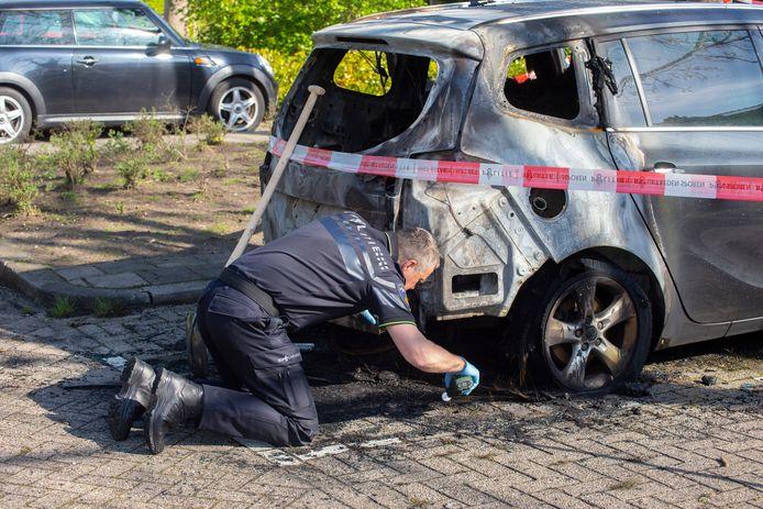 De politie ging al snel uit van brandstichting en deed volop onderzoek.