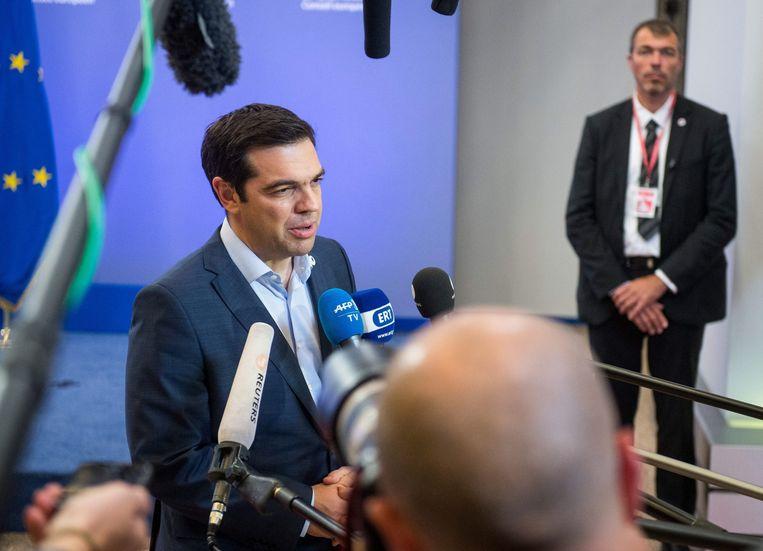 Alexis Tsipras spreekt de pers toe. Beeld EPA