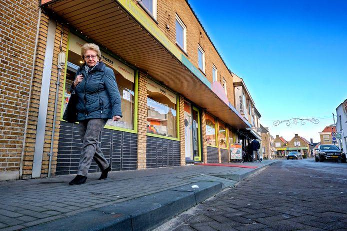 Diverse pandeigenaren in de Boompjesstraat hebben last van schade en wateroverlast door werkzaamheden in het verleden, maar voelen zich niet gehoord