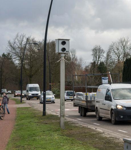 Deze beruchte flitspaal is het bonnenkanon van Oost-Nederland: ruim 20.000 hardrijders betrapt