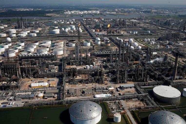 Het Shell Deer Park Complex, een raffinaderij in Texas. Beeld REUTERS