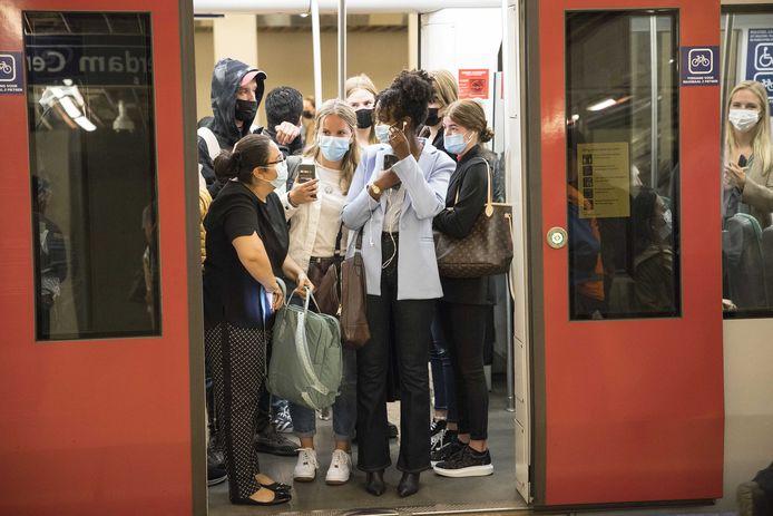 Even geen volgepropte metrolijn A meer tussen Vlaardingen en Rotterdam-Ommoord.