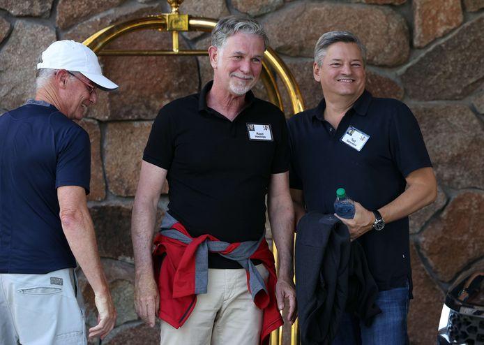 Les codirecteurs généraux de Netflix, Reed Hastings (gauche) et Ted Sarandos (droite), à leur arrivée mardi.