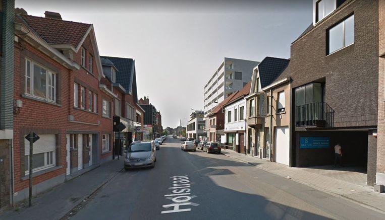 De Holstraat, tussen rotonde 't Leeuwke en de Zuiderlaan.